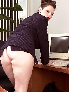 Vintage Upskirt Pics